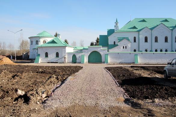 Благоустройство у Ратной палаты в Пушкине