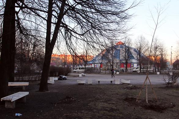 Цирк из сквера на Автовской