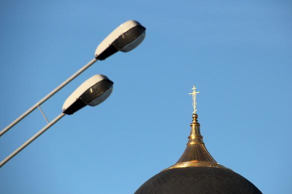 Крест «церкви с бутылочкой»