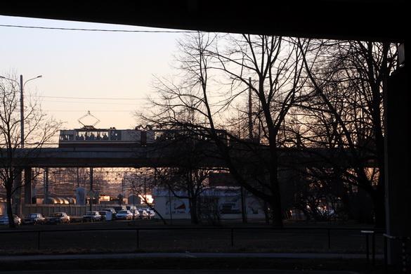 Кронштадтский путепровод из сквера на Автовской