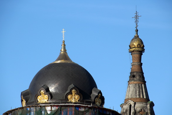 Купол и колокольня церкви Воскресения