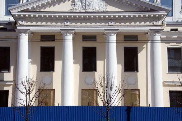 Портик кинотеатра «Ленинград»