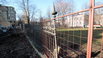 Реставрация решетки на Кирочной