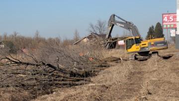 Вырубка деревьев на Киевском шоссе