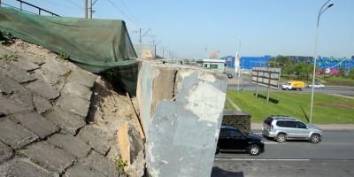 Обрушение железнодорожного моста над Пулковским