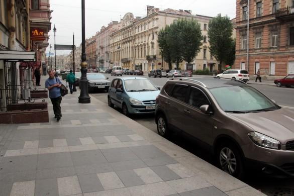 Улица Марата, гранитное мощение