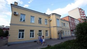 Улица Зои Космодемьянской, 13, Севастопольская улица, 19