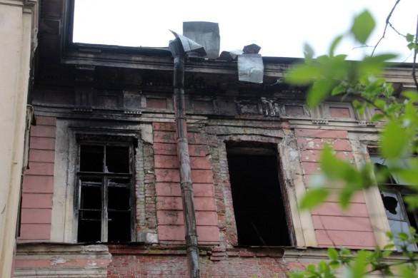 Заброшенное здание на Каменноостровском
