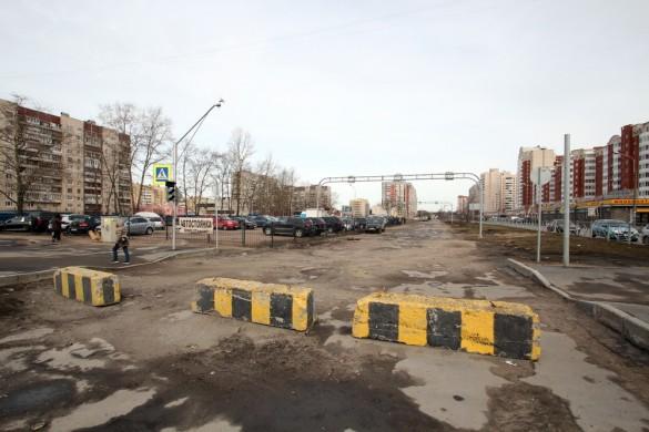 Новоколомяжский проспект