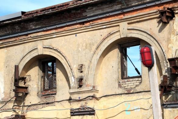 Окна Никольского рынка