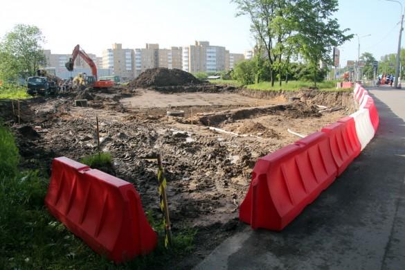 Строительство площади вокруг Арки Победы