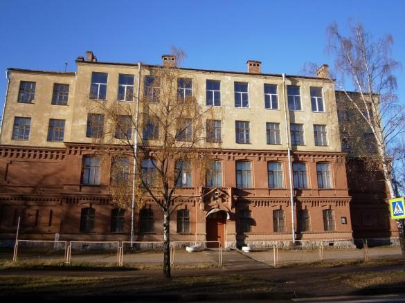 Училище на улице Мосина, 63, в Сестрорецке