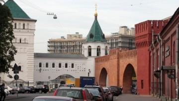 Полтавская улица, арка, ворота