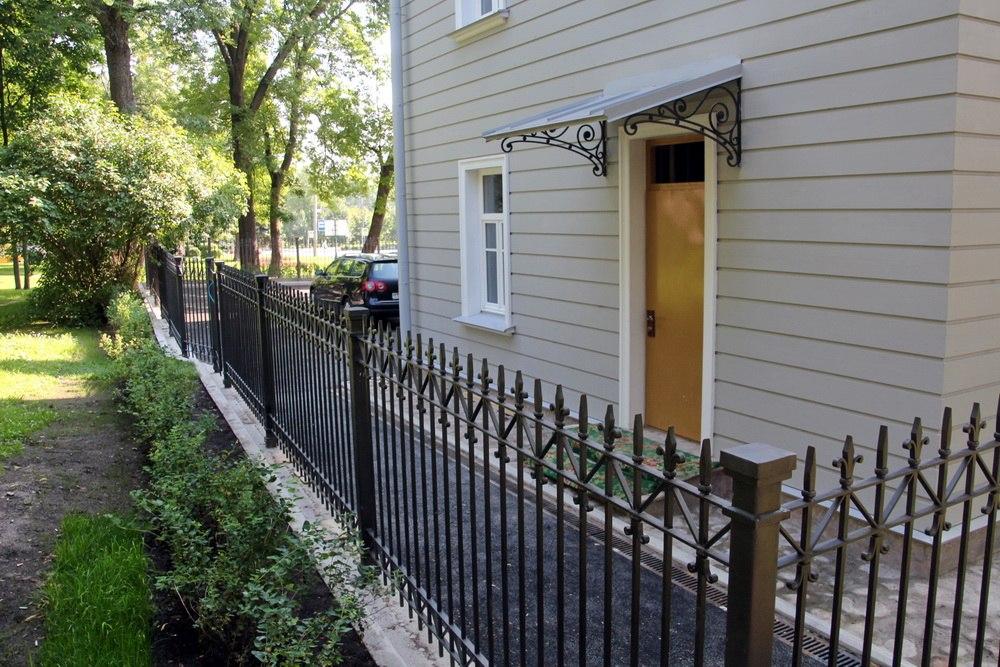 Пушкин, дом Канобио, ограда