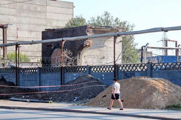 Снос здания на Рыбинской улице