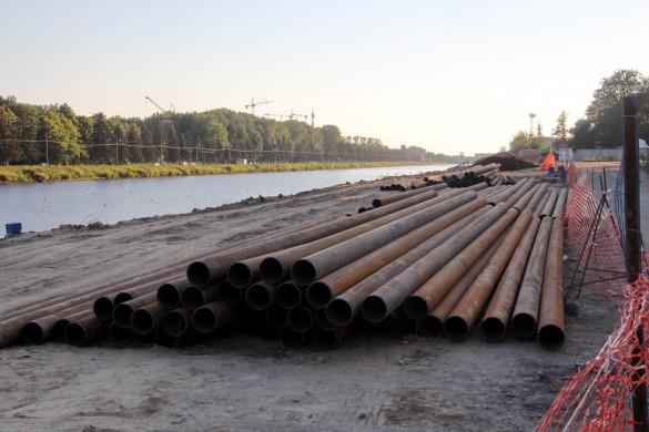 Трубы на Гребном канале
