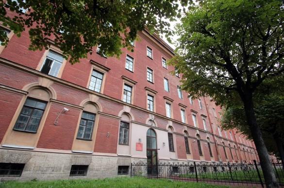 Павловское военное училище на улице Красного Курсанта