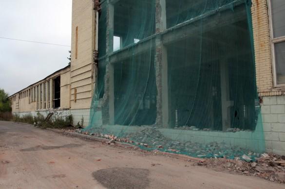 Демонтаж корпуса Механического завода
