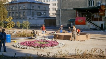 Фонтан во дворе метро Нарвская