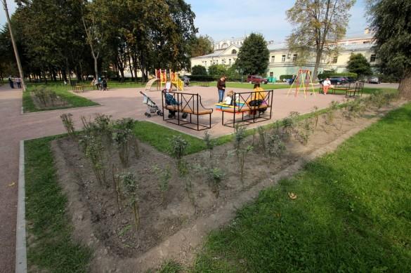 Сад Театра Юных Зрителей, детская площадка