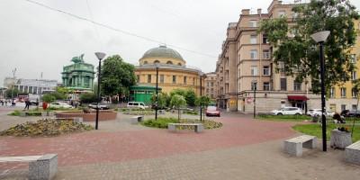 Сквер у станции метро Нарвская
