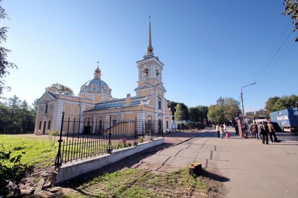 Ограда Свято-Троицкой церкви