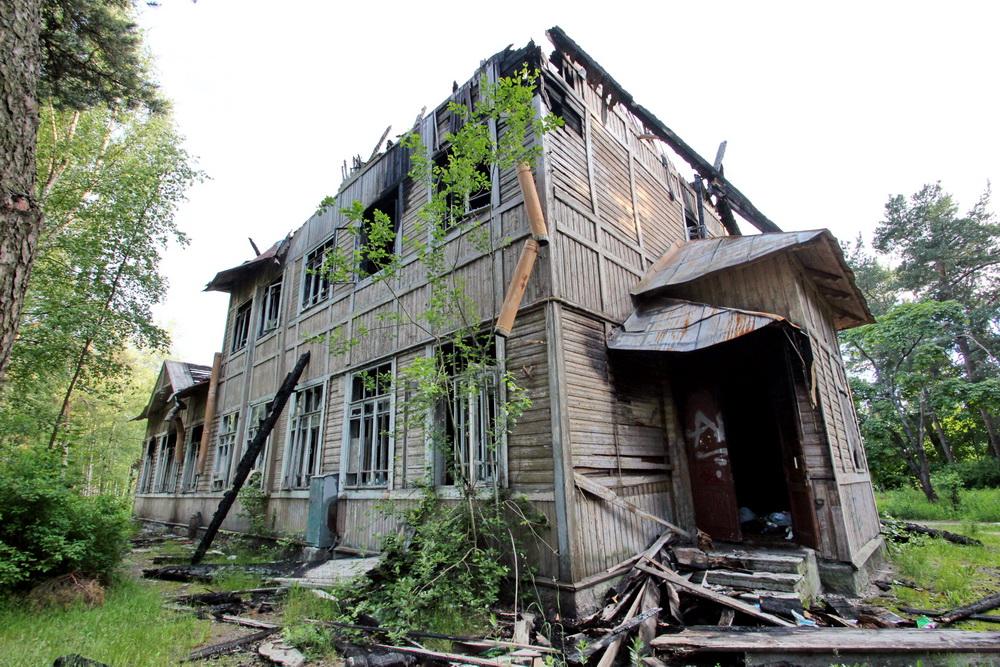 Алексеевская школа в Сестрорецке