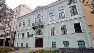 Дом Семеновой, 13-я линия, 10
