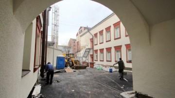 Двор Красных бань на Московском