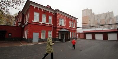 Коломяжский проспект, 13, боковой фасад