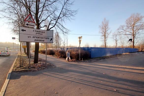 Строительство на Павловском шоссе в Пушкине