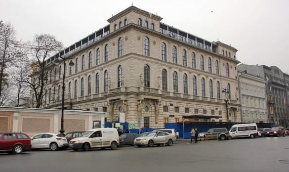 Площадь Островского, 2а, Газпром