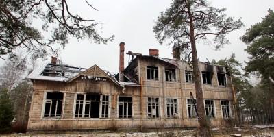 Разборка Алексеевской школы в Сестрорецке