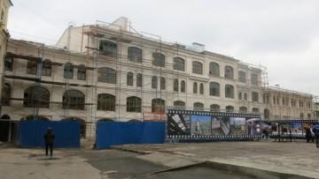 Здание академии Елены Образцовой на территории Гостиного двора