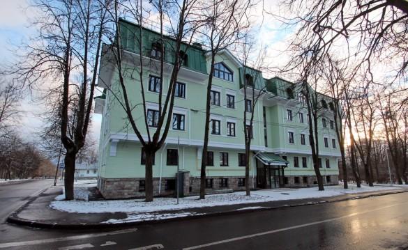 Павловск, Гуммолосаровская улица, 4а