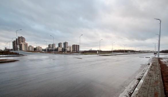 Перекресток проспекта Героев и улицы Адмирала Трибуца