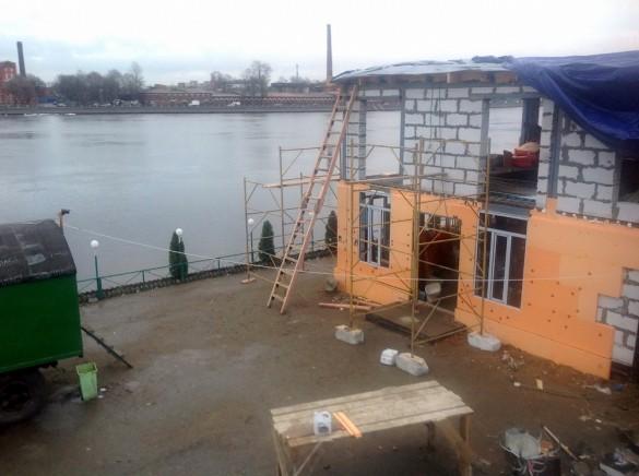 Стройка ресторана на проспекте Обуховской Обороны