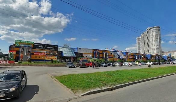 Торговый комплекс Лада на Стародеревенской