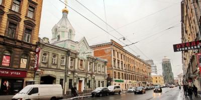 Загородный проспект, Коневское подворье