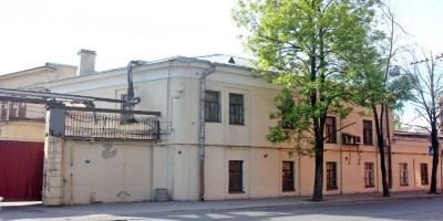 Здание Калинкинского завода на улице Степана Разина