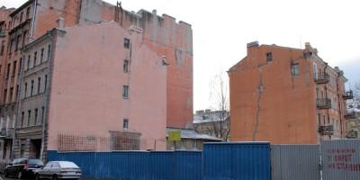 Угол улицы Красного Курсанта и Офицерского переулка