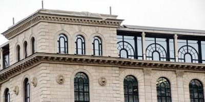 Верхний этаж, площадь Островского, 2а