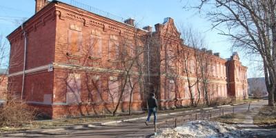 Ломоносов, Владимирская улица, 16а