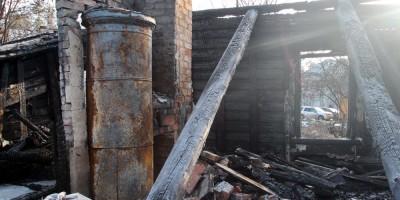 Печь после пожара на Ивановской