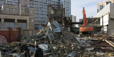 Демонтаж торгового центра на «Приморской»