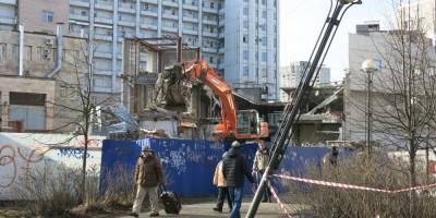 Разрушение самостроя у «Приморской»