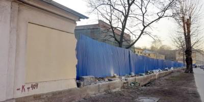 Снос ограды Обуховской больницы