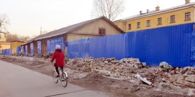 Строительный забор Обуховской больницы