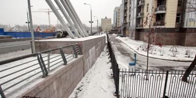 Пилон Лазаревского моста
