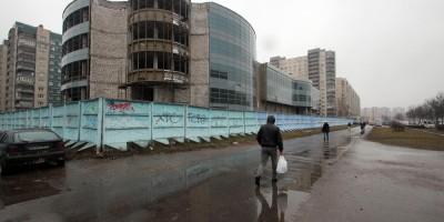 Индустриальный проспект, 31, заброшенный торговый комплекс